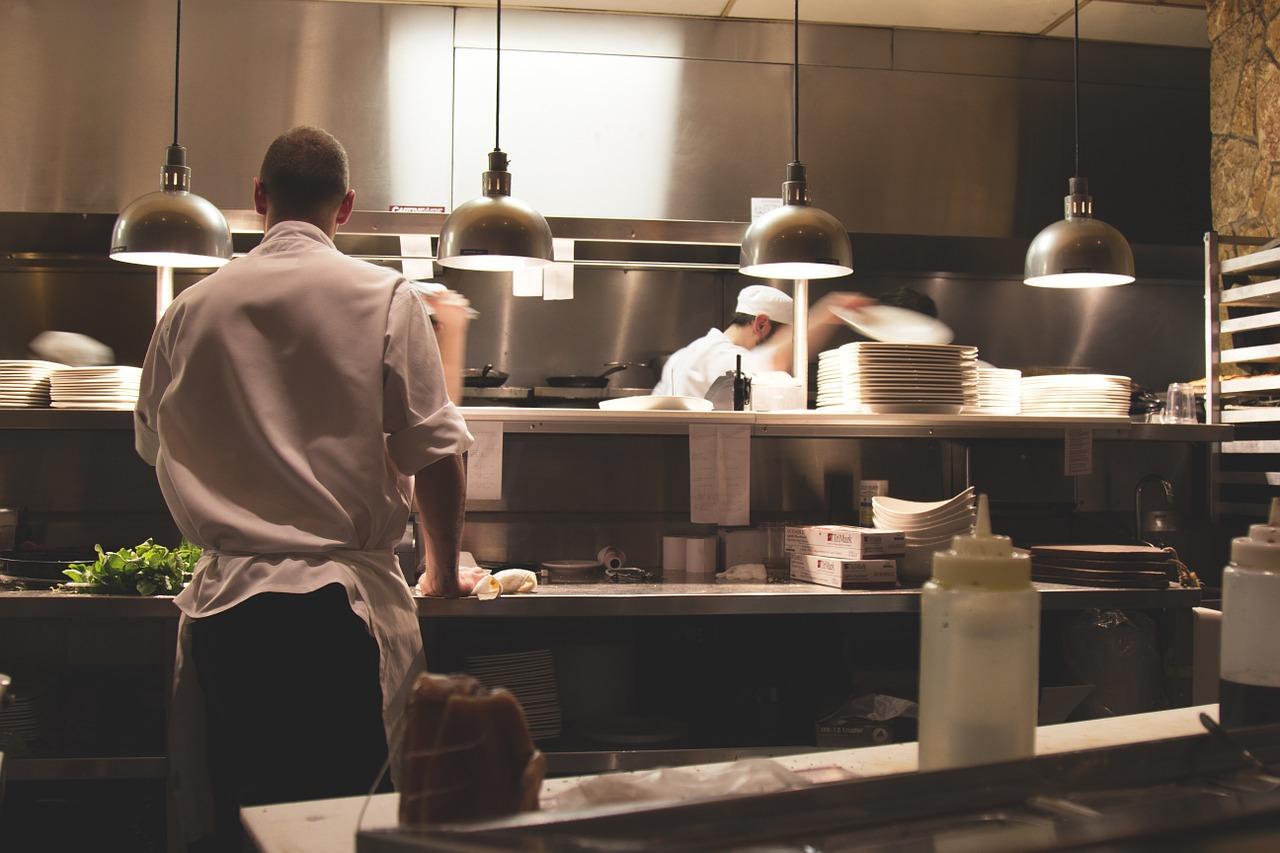 レストラン キッチン